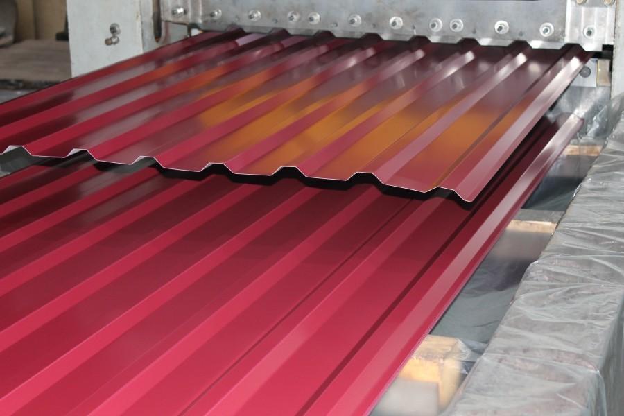 Забор из профилированного настила с полимерным покрытием НС35